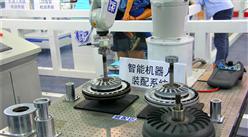 2017年中國工業機器人行業發展趨勢及市場規模預測分析