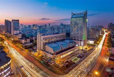 2018年杭州中高端酒店市场大数据报告(附全文)