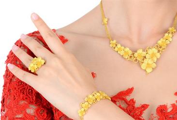 2018年中國珠寶首飾市場分析:訂制珠寶成為80、90首選
