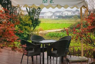 在日游客住民宿乱扔垃圾 2018中国民宿行业市场规模及竞争格局分析(图)