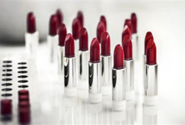 2018年1-11月全国化妆品行业零售数据分析: 零售额为2375亿元  增速放缓(表)
