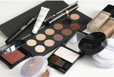 2018年1-10月全国化妆品行业零售数据分析: 零售额突破2000亿元(表)