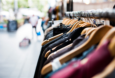 2018年1-9月广州市服装产量及增长情况分析:同比下降31.1%