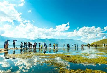 2019年五一假期调整为4天  假日旅游消费旺盛(图)
