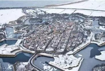 北京槐房国?#39318;?#29699;冰雪小镇项目案例