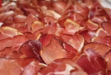 人造培根和牛排要来了?2019年中国肉制品行业市场规模及发展趋势预测(图)