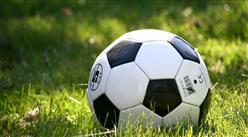 2025年再建3万所校园足球特色学校 中国足球产业规模将超2万亿元