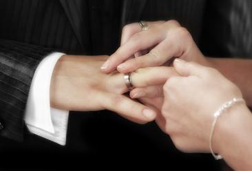 七夕迎结婚登记小高峰 2019上半年全国各省市结婚登记人数统计分析(图)