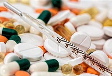 2019年8月中国医药品进口量为1.3万吨 同比下降7.1%