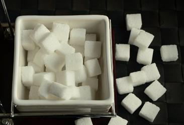 2019年1-8月中国食糖进口量为197万吨 同比增长11.6%