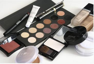化妆品消费比重为近五年新高 2019年全国化妆品类零售情况分析(附图表)
