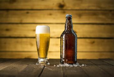 啤酒消费旺季将至 中国啤酒市场现状及发展前景如何?(图)