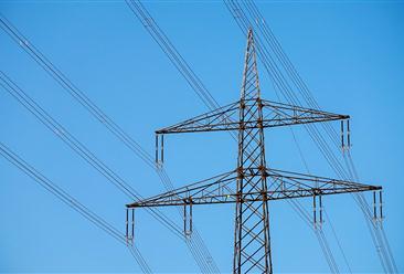 国家电网加快推进特高压工程建设  特高压项目拉动社会投资3600亿元(图)