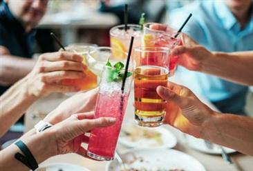 2020年1-8月全国饮料行业零售情况分析:零售额同比增长10.9%