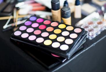2020年化妆品行业运行情况回顾及2021年发展趋势预测(附图表)