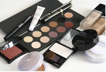 2020年1-11月全国化妆品行业零售数据分析:零售额超3000亿元
