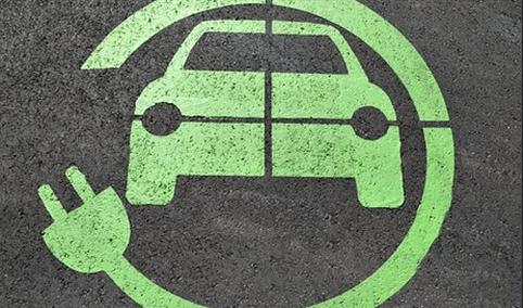 2020年中国新能源汽车市场回顾分析及2021年发展前景预测(附图表)