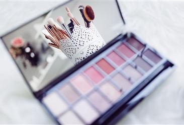 2021年中国化妆品行业市场现状及发展前景预测分析